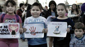 hijos de victimas de femicidio tendran una reparacion economica