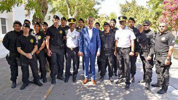 miguel gomez asumira como jefe de la policia del chubut