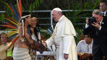El Papa se reunió con los pueblos originarios de la Amazonía en Puerto Maldonado.