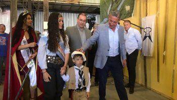 Arcioni entregó viviendas en la Fiesta de la Esquila