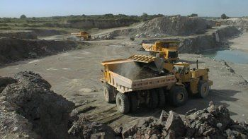 Acuerdo con empresas rusas para explotar uranio en Chubut