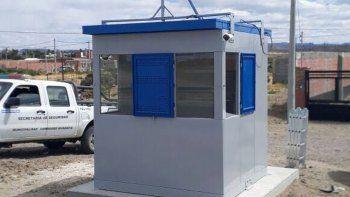 Una casilla de vigilancia fue instalada en Restinga Alí para brindar mayor seguridad a los habitantes del sector.