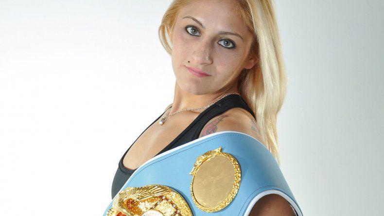 Débora Dionicius peleará el próximo mes en la localidad neuquina de Cutral Co.