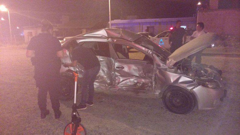 Los daños en el Volks-wagen Gol Trend y el Fiat Palio tras chocar en la Ruta 1.