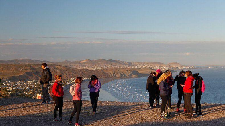 Se desarrolla el Trekking  de la Luna aniversario Reserva Punta Marqués