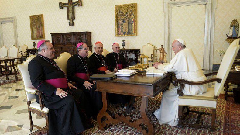 El encuentro que el papa Francisco mantuvo con la nueva cúpula de la Conferencia Episcopal Argentina.