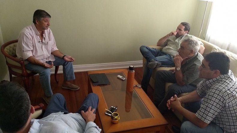 El ministro Mammarelli mantuvo ayer una serie de reuniones en la Residencia del Gobernador
