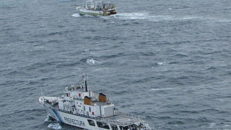 El guardacostas Prefecto Fique detectó al buque español cuando pescaba en la zona económica exclusiva de la Argentina.