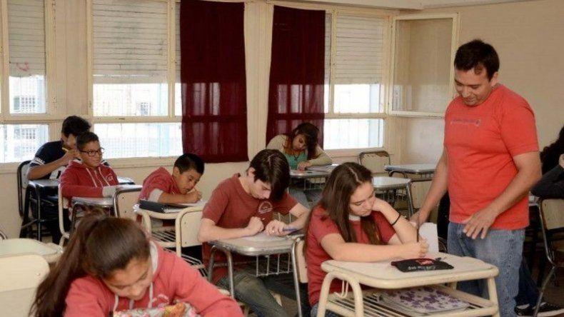 Comienzan las clases de recuperación en las escuelas secundarias