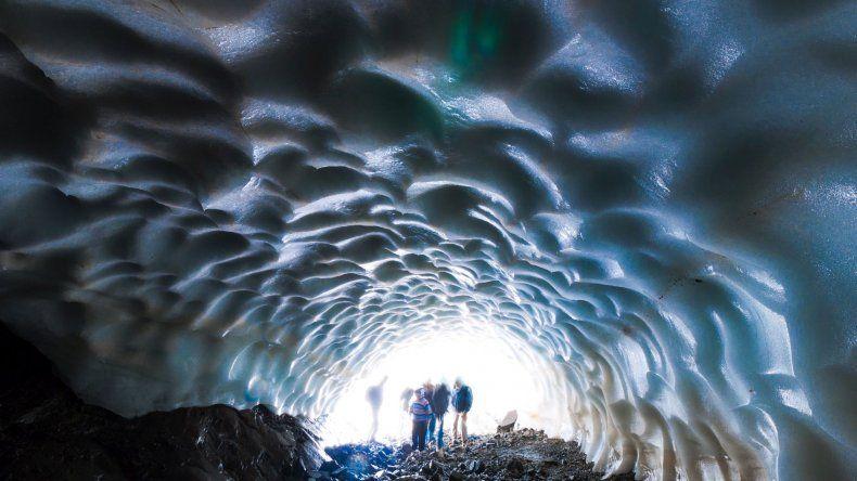 Ya se formaron los túneles de hielo en Esquel