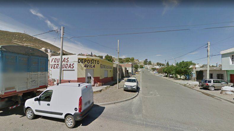 Delincuentes armados asaltaron un depósito y se llevaron 58 mil pesos