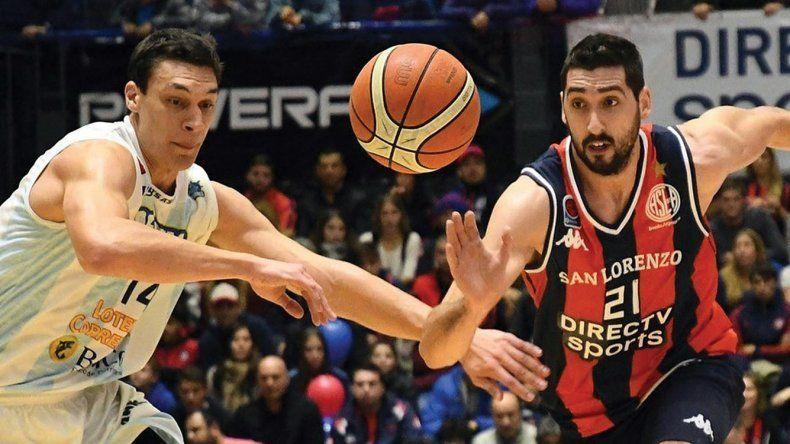 Javier Saiz de Regatas Corrientes y Mathías Calfani de San Lorenzo volverán a verse las caras como lo fue en la final de la temporada 2016-2017 de la Liga Nacional.