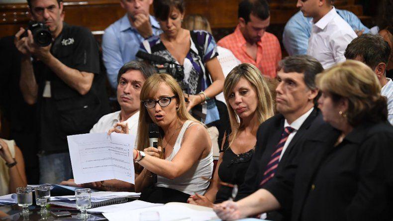Un acalorado debate se produjo en la reunión de la Comisión Bicameral de Trámite Legislativo