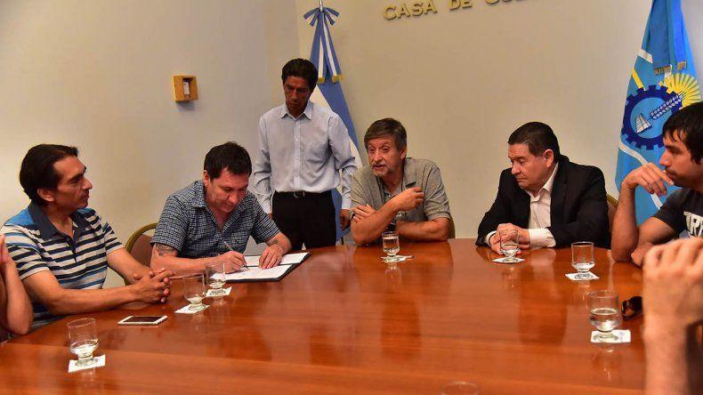 El Gobierno provincial consiguió ayer el aval de ATE para la aprobación del Pacto Fiscal y la Ley de Emergencia económica.