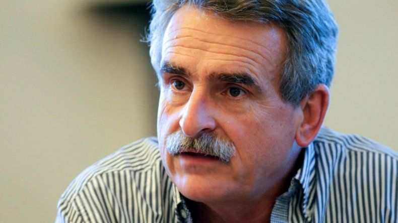 El diputado Agustín Rossi instó a construir un frente nacional alternativo a Cambiemos.