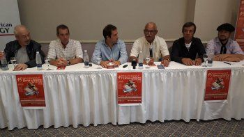 En Comodoro Rivadavia se presentó el 45º Festival de Doma y Folclore de Sarmiento, que comenzará mañana.