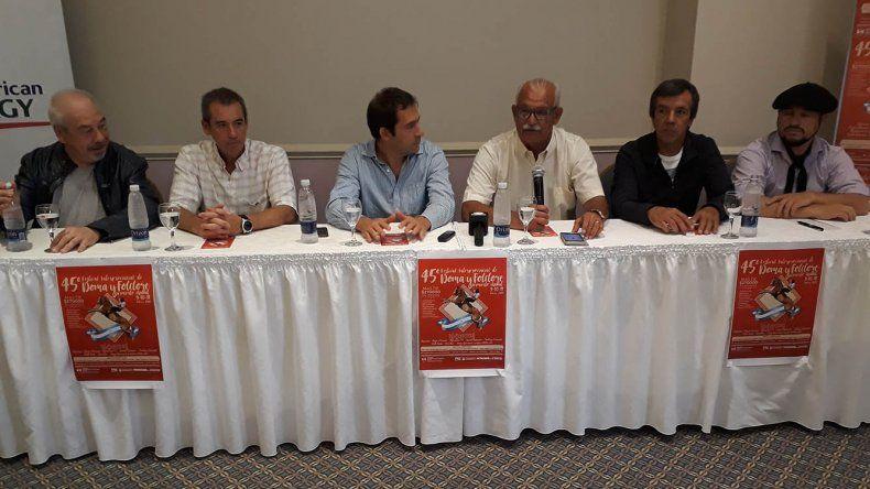 En Comodoro Rivadavia se presentó el 45º Festival de Doma y Folclore de Sarmiento
