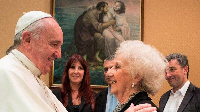 El Papa Francisco recibe a Estela de Carlotto en el Vaticano