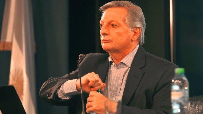Arcioni adelantó que no formará parte del debate minero con Aranguren