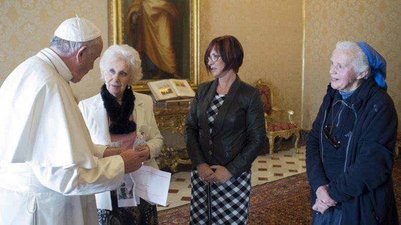 El papa Francisco recibió ayer a la titular de Abuelas de Plaza de Mayo