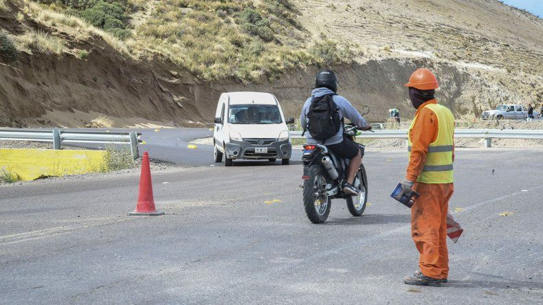 El camino Roque González fue habilitado ayer después de una semana de trabajos donde se generó una rotonda de ingreso a las nuevas urbanizaciones.