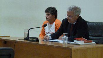 Gustavo Servera ayer solo se limitó a realizar algunas muecas con su rostro mientras escuchaba el análisis del tribunal revisor.