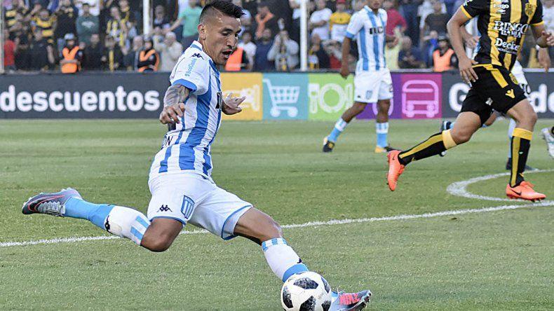 Ricardo Centurión anotó el gol que le dio la victoria a la Academia.