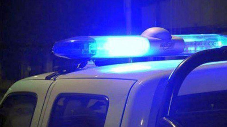 Policía denunciado por su pareja