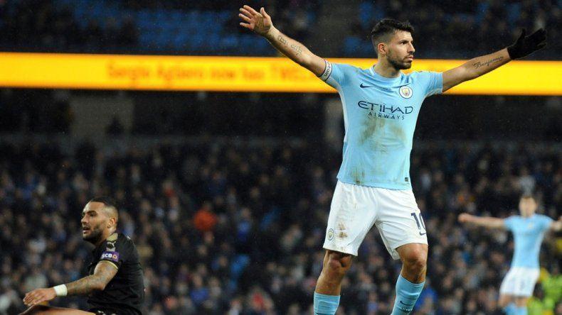 Sergio Agüero se convirtió nuevamente en el líder futbolístico de Manchester City y lleva 13 tantos en 10 partidos de la Liga inglesa.