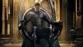 El temple de TChalla como rey y como Black Panther se somete a una durísima prueba al verse inmerso en un conflicto que pone en peligro el destino de Wakanda y del mundo entero.