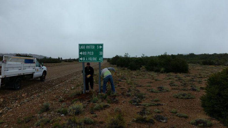 Vialidad Provincial colocó cartelería en la ruta provincial Nº 44