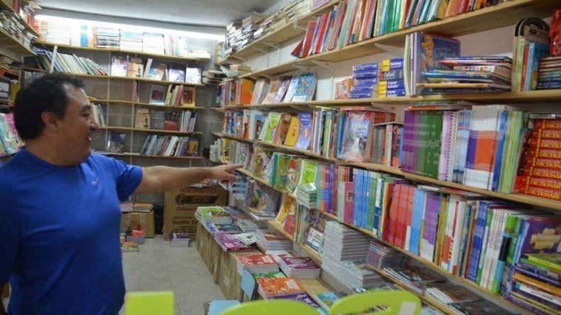 Las librerías con el estancamiento en la actividad escolar en Santa Cruz se han convertido en actividades casi inviable.
