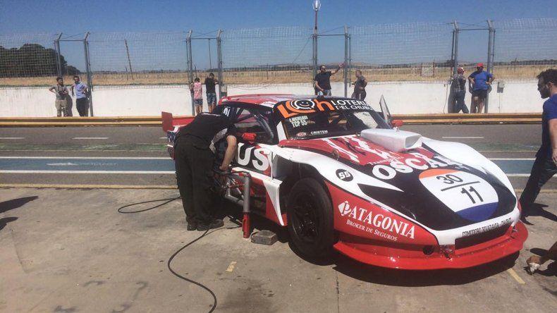 Seis vueltas dio el auto de Gustavo Micheloud en Olavarría y va con buenas expectativas a Viedma.
