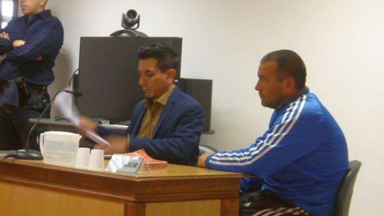 Continuará detenido por golpear salvajemente a un hombre en Río Senguer