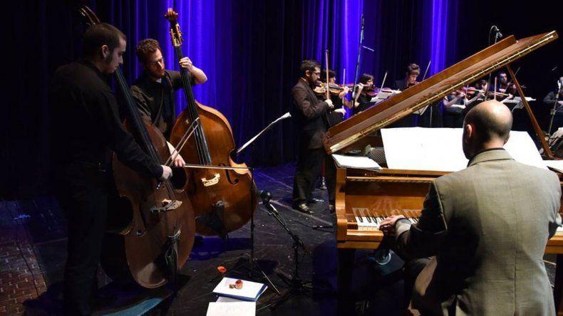 La orquesta de la una presenta Mixturas en el Centro Cultural Rada Tilly