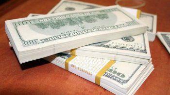 es juzgado por robar 20 mil dolares y mas de 100 mil pesos