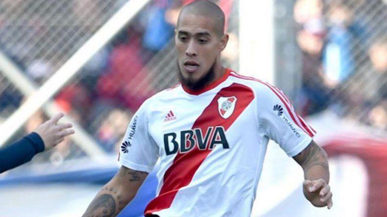 El defensor Jonatan Maidana reaparecerá esta tarde en la formación titular de River Plate.