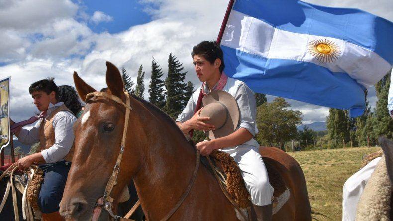 Provincia hizo un aporte para Trevelin en la Fiesta del Ciprés Cordillerano