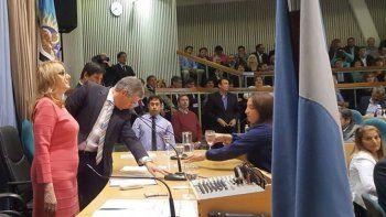 la gobernadora alicia kirchner convocara a sesion extraordinaria
