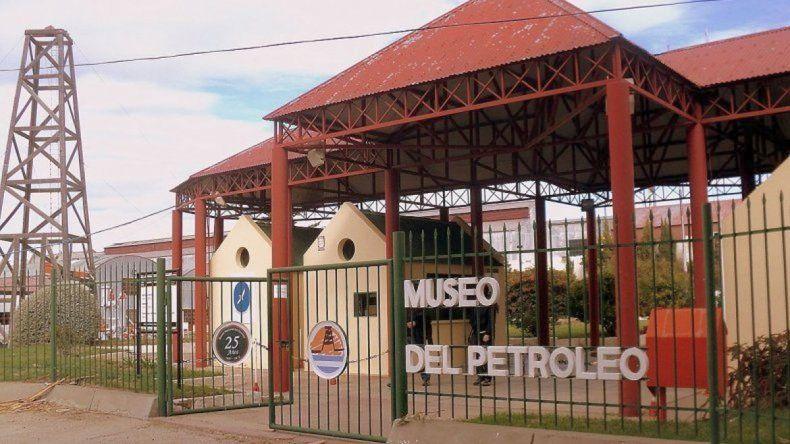 El Museo del Petróleo abre sus puertas durante el aniversario de Comodoro