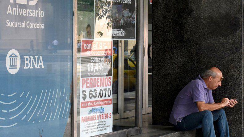 Bancarios inician mañana una huelga por 48 horas