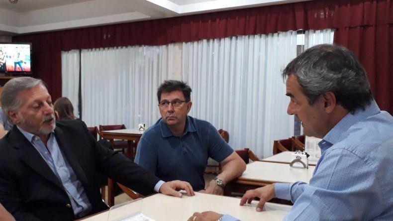 Tcharian le pidió a Aranguren gestiones por la deuda eléctrica con CAMMESA