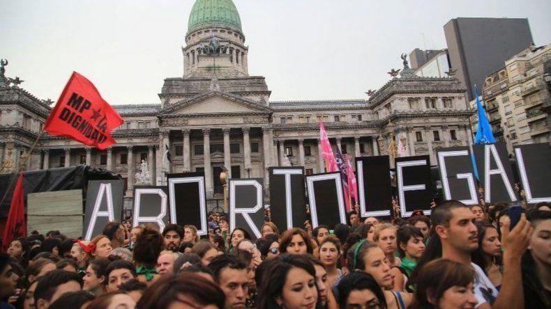 #AbortoLegalYa: miles de mujeres se movilizaron en el Congreso