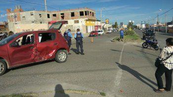 Motociclista sufrió múltiples fracturas en violento choque