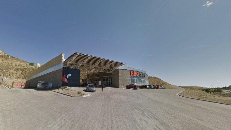 Roban más de $50 mil de un local de venta de materiales para la construcción