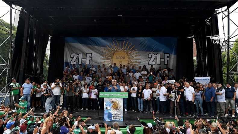 El discurso de Hugo Moyano cerró el acto que se desarrolló ayer en la avenida 9 de Julio.