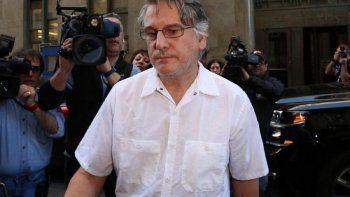 denuncian que un neurologo argentino violo a decenas de pacientes en nueva york