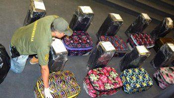 dos detenidos tras hallar 400 kilos de cocaina en la embajada rusa
