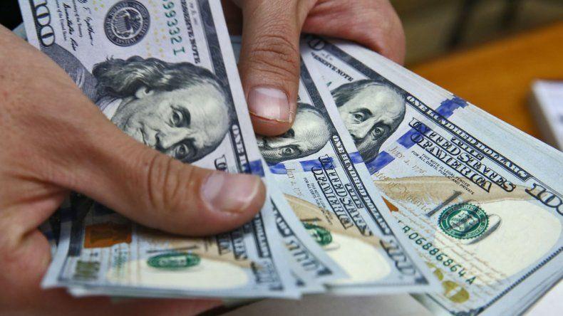 Subió el dólar y se acercó a los $ 20,30