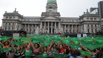 Pañuelazo en el Congreso a favor de la legalización del aborto.